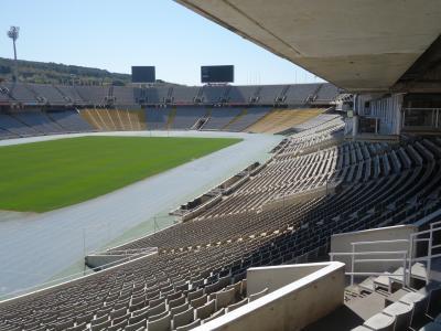 バルセロナを歩く (2.3) オリンピック・スタジアムを見る。1992年はもう27年前です。