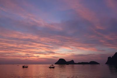 【南タイ】プラチュワップキーリーカン2泊3日 走行距離約950Km ♪海はヨ~ォォ海はヨ~デッカイ海はヨ~☆【二日目】