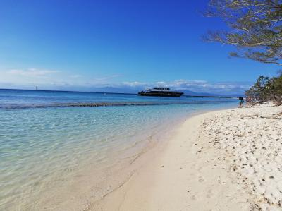 ニューカレドニアへ家族旅行② アメデ島へ