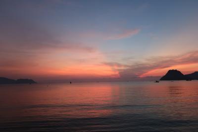 【南タイ】プラチュワップ.キリカーン2泊3日 走行距離約950Km  ♪海はヨ~ォォ海はヨ~デッカイ海はヨ~【三日目】