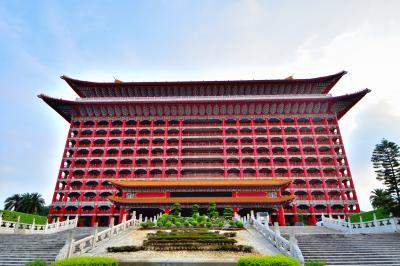 キャセイパシフィック航空ビジネスクラス利用・2つの圓山大飯店に泊まる台湾横断4日間