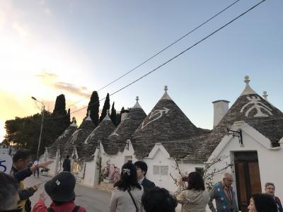 コスタ・デリチョーザでアドリア海・エーゲ海周遊 2 とんがり帽子の家並みのアルベロベッロ