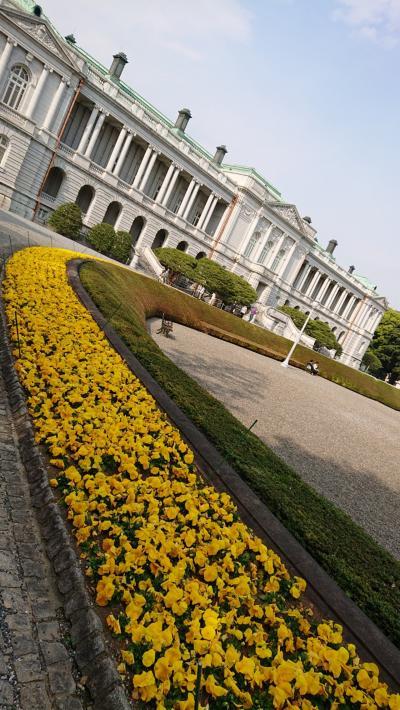 迎賓館赤坂離宮を観光。ヨーロッパの宮殿のよう。国のおもてなしの心を感じ。