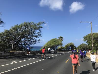 2019年4泊6日ハワイ旅行記(ホノルルハーフマラソンハパルアツアー)④ハーフマラソン後半