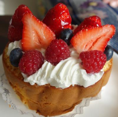 伝説のケーキを求めて,甲陽園まで阪急に乗っていきました。