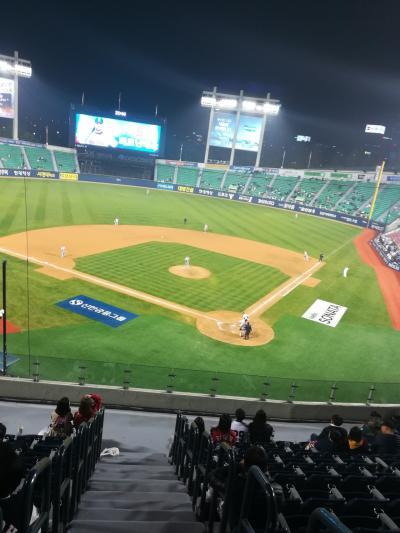 韓国野球を見に行ってきました。