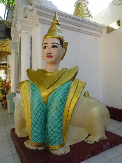 今が行き時ミャンマー!アラフィフ女1人旅 (4) ゆる神様いっぱいのシュエダゴンパゴダ