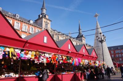 なぜかマドリッド半日散歩:後編。サン・ミゲル市場及びマヨール広場のクリスマスマーケット。