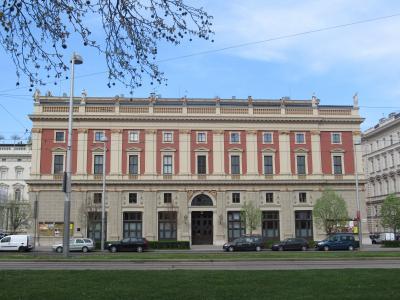 オーストリア航空 ビジネスクラスで行く憧れのウィーン学友協会とシェーンブルン宮殿!