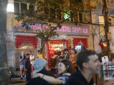 ハノイ旧市街で、ビアホイを飲むなら。。。ビアホイ談義(+_+)/ふふふ 3