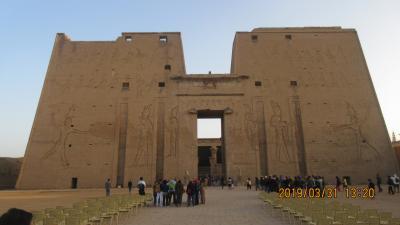 世界遺産:エジプト観光・Part9.ホルス神殿は馬車で行く