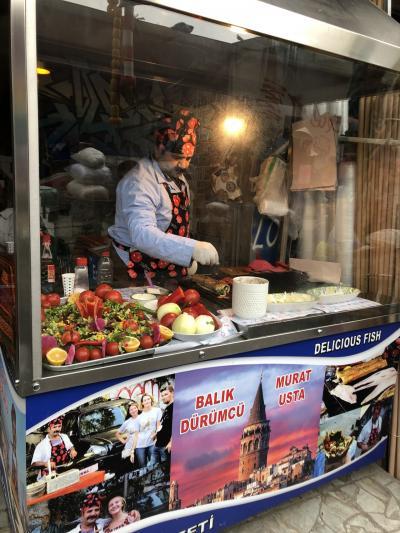 トルコ編③イスタンブール最終日 名物鯖サンドを食べてみた