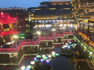 上海の豫園・湖濱美食楼・景色最高