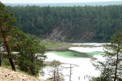 2018年シベリア・サハ共和国ヤクーツクへの旅(19)夏でも氷が残る水が美味しいブルウスの谷へのエクスカーション