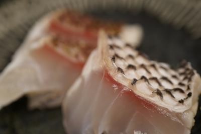 20190429-1 豊洲 高はしさん、水菜・水茄子・南瓜、鮪・あじ酢・鯛の湯霜、地きんめ煮付と魚汁
