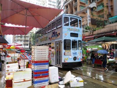 トランスフォーマーのロケ地モンスターマンション眺めて、トラムが軒先をかすめる春秧街歩いて、英皇道で刺繍の靴買って マカオ・香港の旅5-1