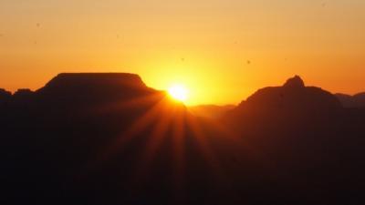 グランドサークルぐるっと周って2000km!最終日はグランドキャニオンの日の出を見てからパワーポイントと言われるセドナを経由してラスベガスに
