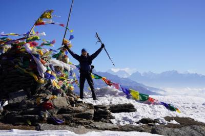 エベレスト街道274㌔巡礼の道を歩き登った記録 5.Pikey Peak (4067m)~タクトゥール(3000m)