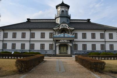 開智学校と松本城公園