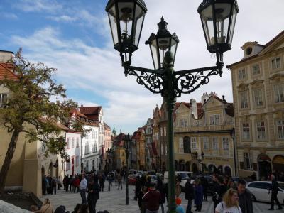 秋のプラハ6・観光もする