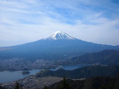 富士山が一番きれいに見える新道峠と黒岳(山梨)旅行者による旅行者のための絶景ハイキング