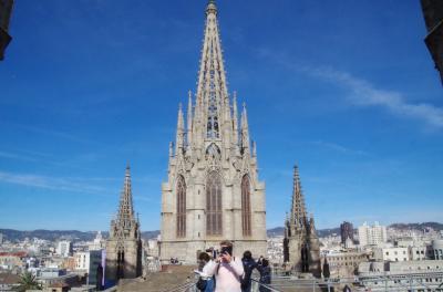 スペイン語学習仲間とバルセロナ自由旅行 2 3月9日はゴシック地区街歩き(カタルニャ音楽堂、カテドラル、ランブラス通り、グエル邸など)