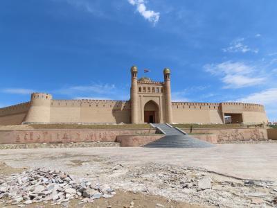 アレクサンドロス大王の東征終着地 ホジャンドとイスタラフシャンを1日観光