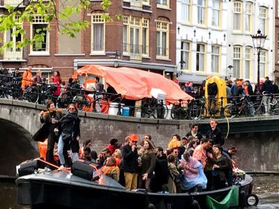 2019年春ヨーロッパ旅行1ーアムステルダム到着、キングズデー参加