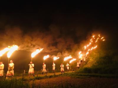 さきたま古墳の火祭り、これがすごい神事だった! 炎の形が、摩訶不思議な お姿に! 天孫降臨!