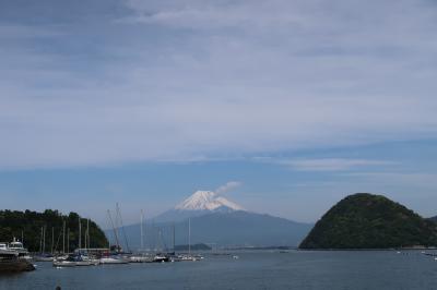 富士山を撮りに長浜にあるヨットハーバー(静岡県沼津市)へ・・・