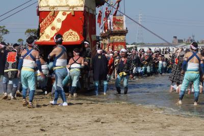 安曇野から木曽路経由、東海の祭りの放浪旅(八日目)~亀崎潮干祭の見どころは海浜への山車の曳き下ろし。朝の棒締めと神社前の引回しもお勧めです~