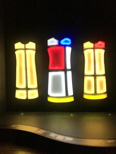 2019 JALプレエコでひとりパリ&パリディズニー3泊5日♪ Day4&5 イヴ・サンローラン美術館☆彡
