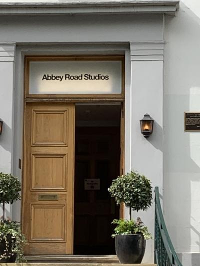 ロンドン、リバプール、ビートルズの足あとパート2 全てビートルズ