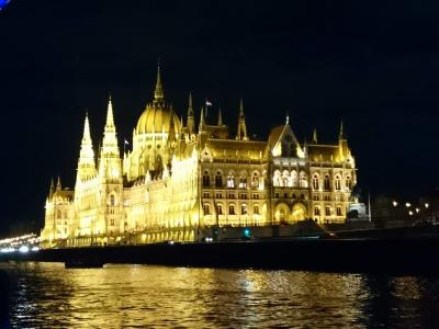 ブダペスト一人旅~キラキラなドナウの真珠!!美味しいシチュー!アップグレードホテルなど~