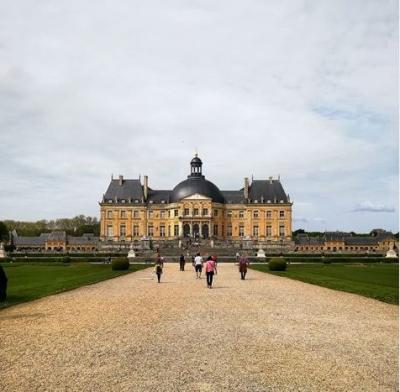 パリから日帰り旅行! ヴォールヴィコント(Vaux Le Vicomte)