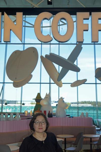 バルト海沿岸5カ国周遊10日間の旅(1)JALの直行便で快適にヘルシンキin、帰国の空港ではムーミンカフェに入れず。