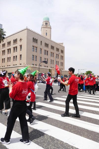 「第67回 ザよこはまパレード」と神奈川県庁舎見学