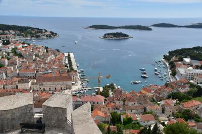 クロアチア旅行-4:フヴァル(1日ががりです)