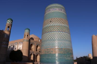 ウズベキスタン・トルクメニスタンの旅(5)~ヒヴァ3 早朝のイチャン・カラ~