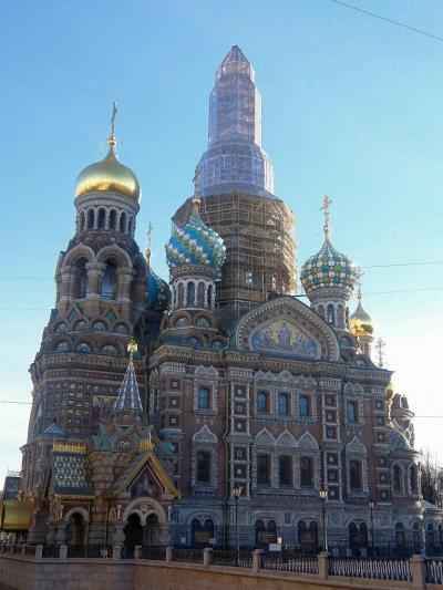 サンクトペテルブルグで7泊(1): 旧海軍省,イサク聖堂,カザン大聖堂,血の上の救世主教会,ミハイロフ城を巡った