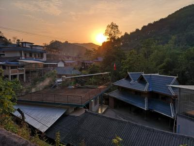 雲南省の中国少数民族郷を訪ねる