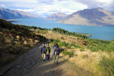 GWのニュージーランド旅行2日目 クイーンズタウンヒルとアロータウンの紅葉