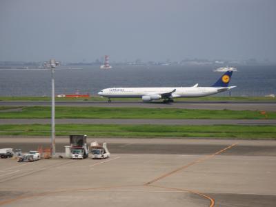 年に一度だけ乗っているルフトハンザ715便エアバス340が羽田から離陸する様子を見に行ってきた件