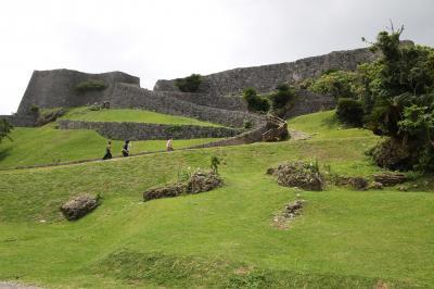 琉球王国のグスク及び関連遺跡群 勝連城登城後海中道路を通って宮城島・伊計島・浜比嘉島探検