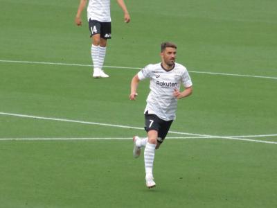 J1リーグ:横浜F・マリノスVSヴィッセル神戸を観戦。≪V(ビジャ)は出場。I(イニエスタ)・P(ポドルスキー)は欠場でした。≫