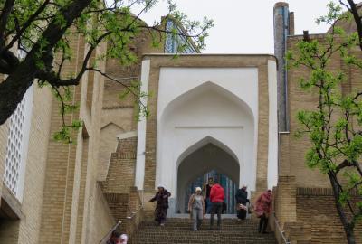 2019春、ウズベキスタン等の旅(5/52):4月24日(3):サマルカンド(4):シャーヒ・ズィンダ廟群
