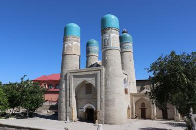 ウズベキスタン・トルクメニスタンの旅(14)~ブハラ2 早朝のカラーン・モスク、チャール・ミナール~