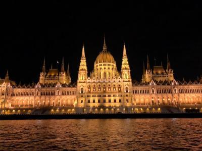 2019 GW ウィーン&ブダペスト ④ ブダペスト 国会議事堂と夜景クルーズ