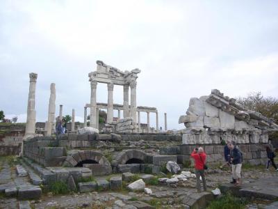 トルコ8日間の旅(4) ペルガモン遺跡