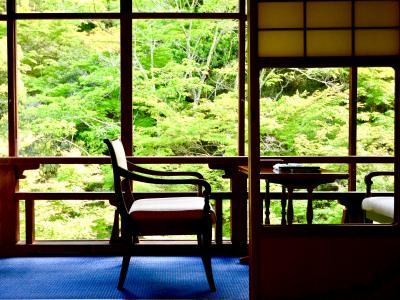 名宿「岩惣」に泊まる!初夏の宮島・厳島神社②いよいよ「岩惣」へ。そして広島!新緑と原爆ドームとお好み焼き!